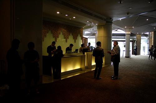 バンコクのデュシタニホテルのフロント